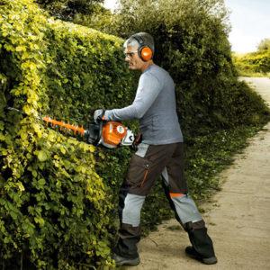 Hedge Trimmers / Pole Pruners / Shrub Shears
